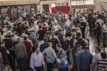 43º Dia Estadual do Porco registra sucesso de público e lota Centro de Eventos