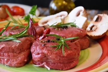 Em fev, diferença entre preços das carnes suína e bovina é a maior da série